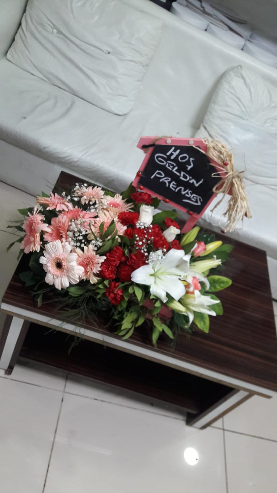 Lila Çiçekcilik